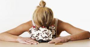 Как питание провоцирует депрессию
