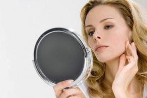 Почему смотреть в зеркало полезно для здоровья